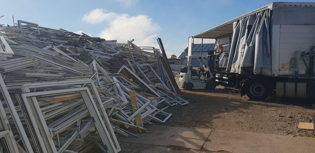 Związek POiD i Stowarzyszenie EPPA łączą siły na rzecz recyklingu okien pochodzących z demontażu (fot. POiD)